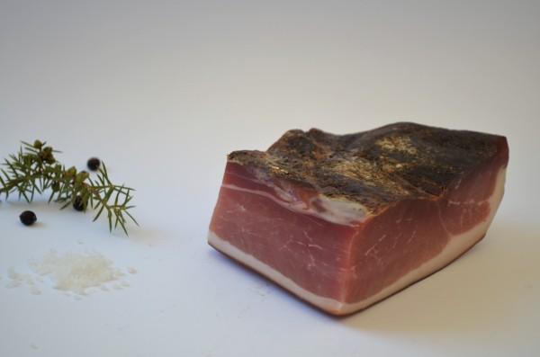 Schinkenspeck handwerklich hergestellt aus Algund, vakumiert - Raich Speck