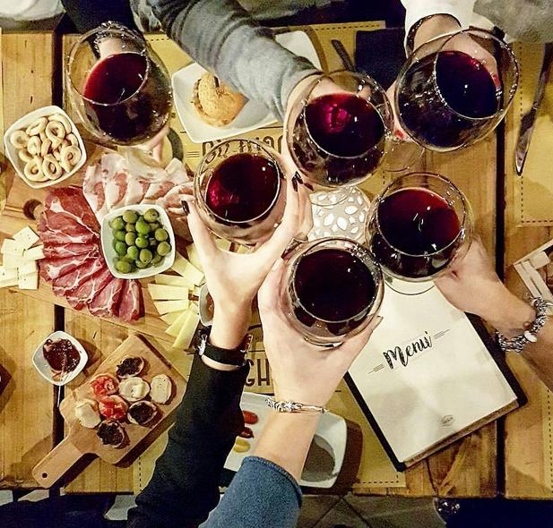 Aperitivo-wino