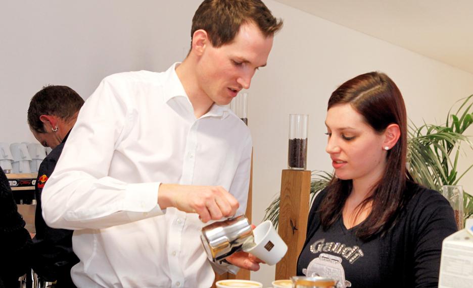 Capuccino-Kaffee-Schulung