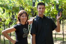 Familienfoto-neue-Generation-Weingut-Begali