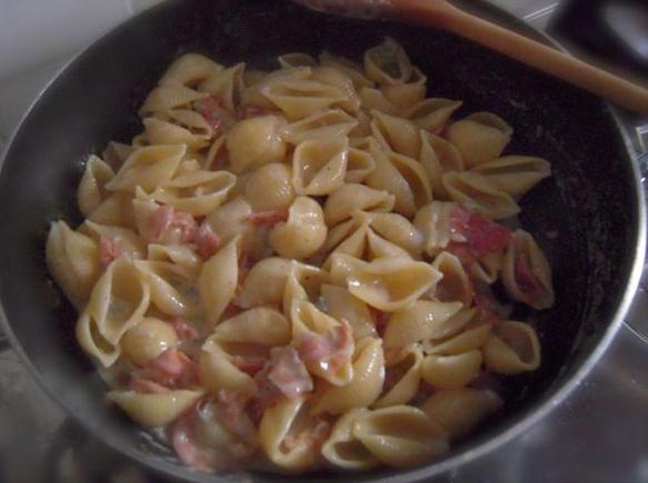 Felicetti-Conchiglie-Speck-und-Gorgonzola