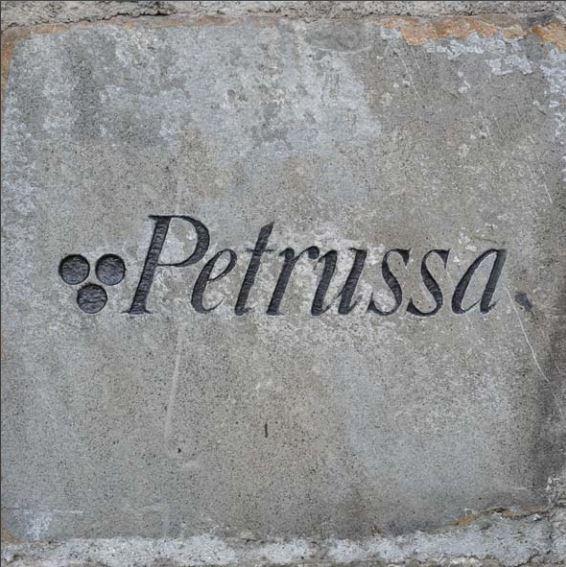 petrussa-auf-stein
