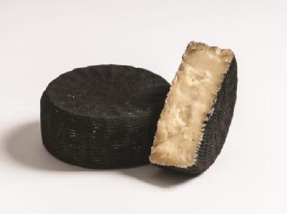 Otello aus Büffelmilch mit Holzkohle veredelt, ca 500g Degust
