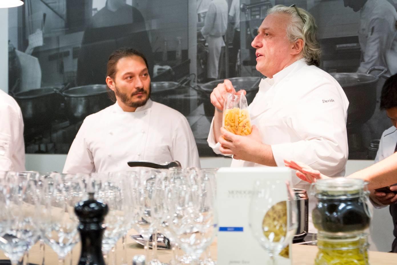 Chef-Davide-Scabin-e-Chef-Giuseppe-Rambaldi5a96877fd433c
