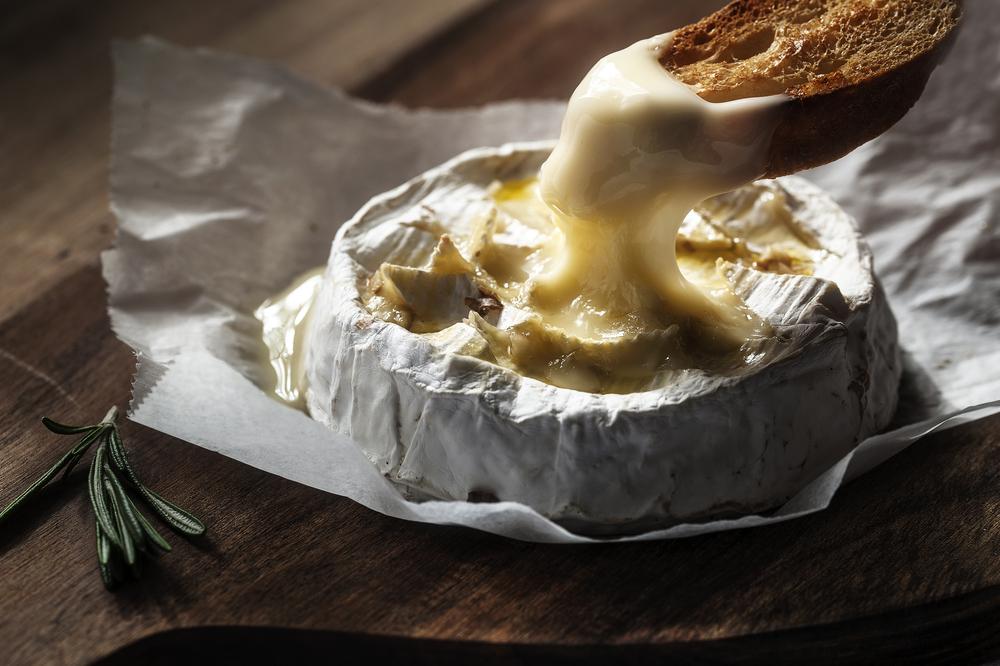 camembert-caldo